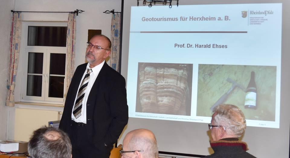 Herxheimer Gemeiderat beschließt geotouristische Erschließung für das NSG Felsberg-Berntal voranzutreiben.